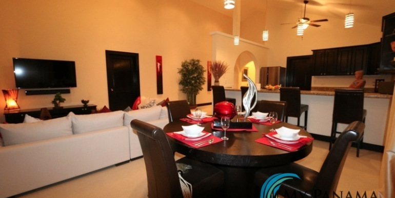 Home-For-Sale-Panama-Azura-Dining-Area