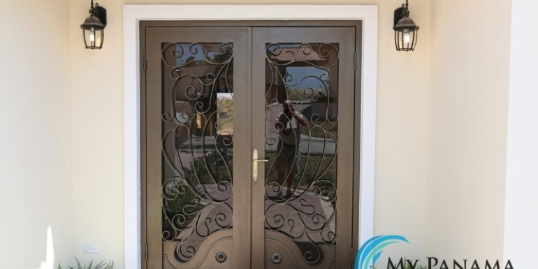 Home-For-Sale-Panama-Azura-Front-Doors