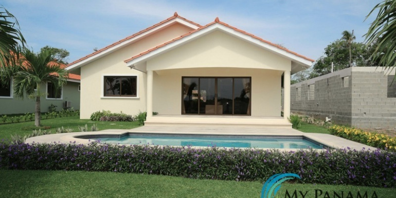 Home-For-Sale-Panama-Azura-Home-with-Pool