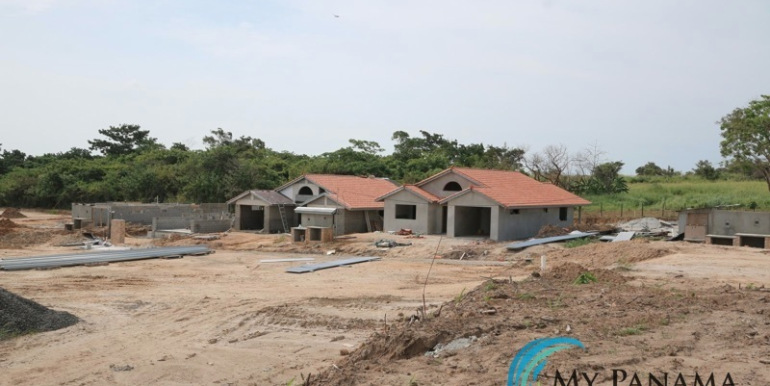 Home-For-Sale-Panama-Azura-Work-in-Progress