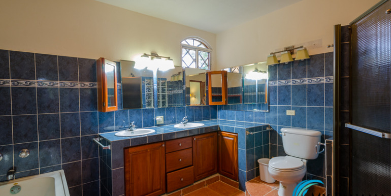 Coronado-House-For-Sale-MPRE-Bathroom
