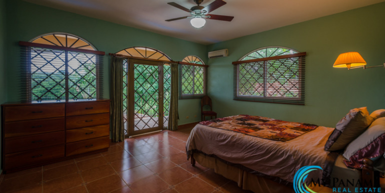Coronado-House-For-Sale-MPRE-Bedroom2