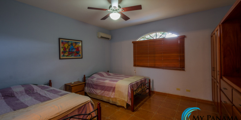 Coronado-House-For-Sale-MPRE-Bedroom3