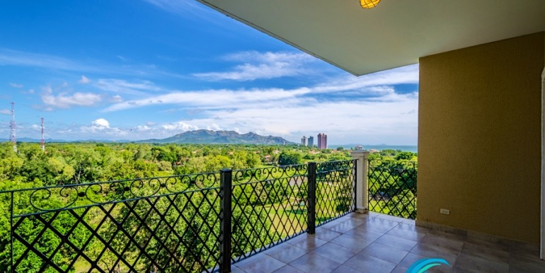 For-Sale-El-Alcazar-Coronado-Panama-MPRE-Balcony-view-2