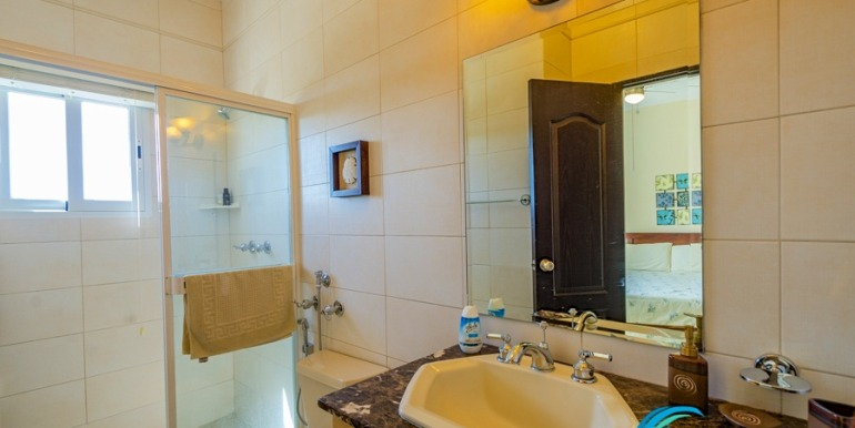 For-Sale-El-Alcazar-Coronado-Panama-MPRE-Bathroom2
