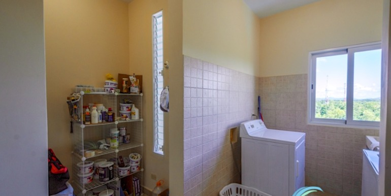 For-Sale-El-Alcazar-Coronado-Panama-MPRE-Laundry-Storage