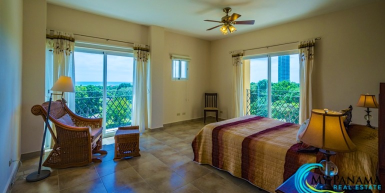 For-Sale-El-Alcazar-Coronado-Panama-MPRE-Master-Bedroom-2