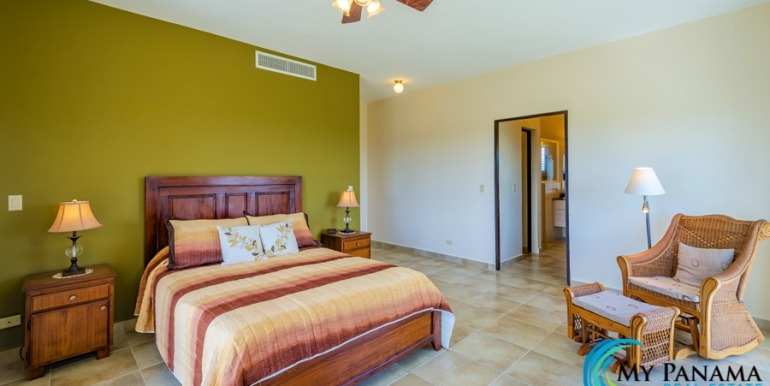 For-Sale-El-Alcazar-Coronado-Panama-MPRE-Master-Bedroom