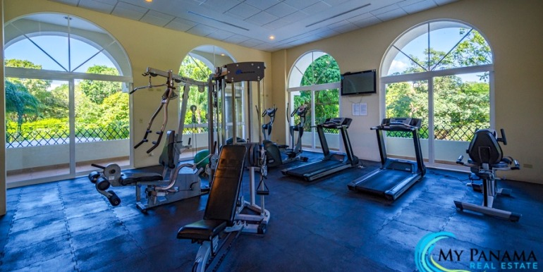 For-Sale-El-Alcazar-Coronado-Panama-MPRE-gym-43