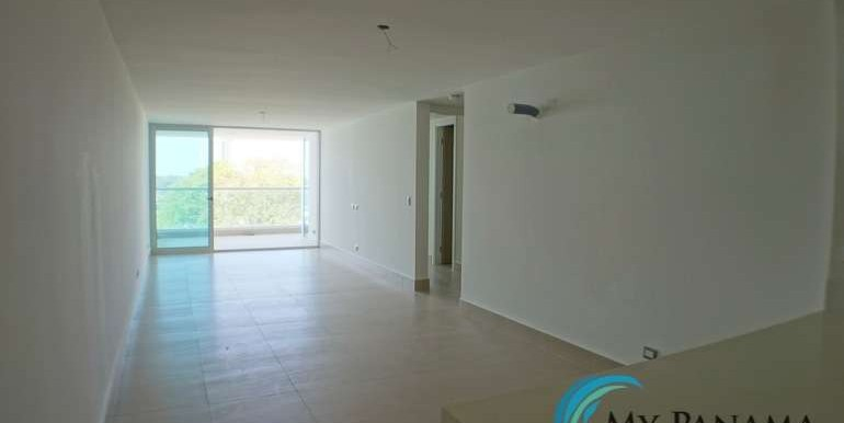 For-Sale-Bahia-MPRE-View-from-Entrance