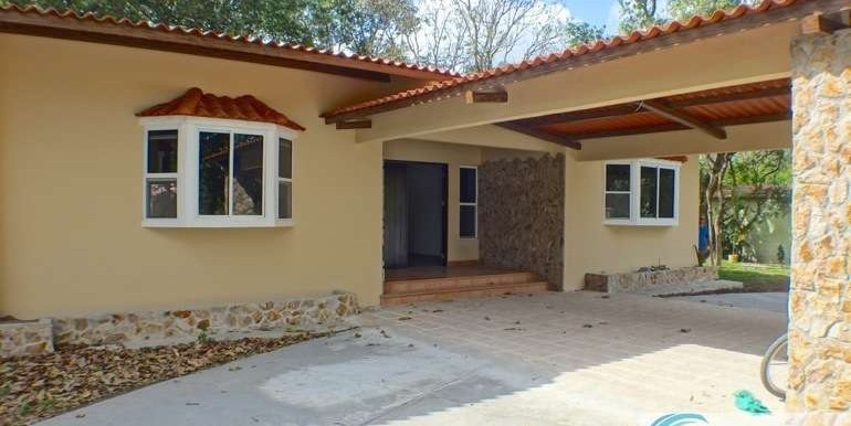 Panama-El Valle-House-for-sale1