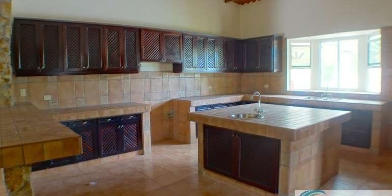 Panama-El Valle-House-for-sale11