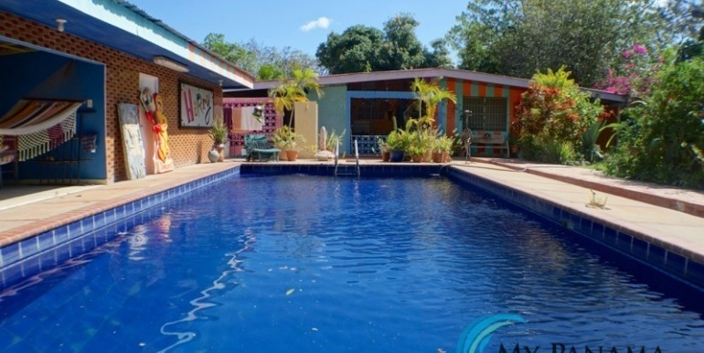 For-Sale-Coronado-House-back-pool