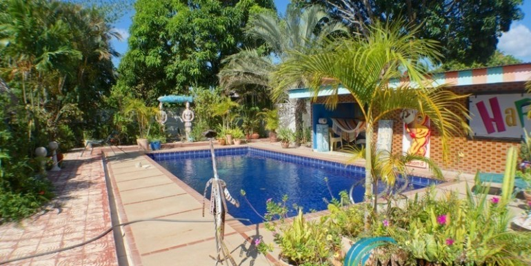 For-Sale-Coronado-House-pool-area