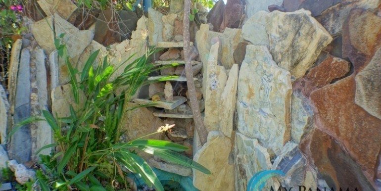 For-Sale-Coronado-House-waterfall
