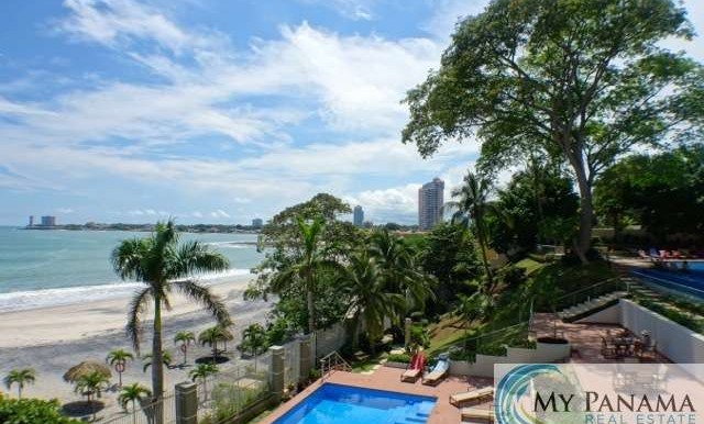 Bahia-Gorgona-Panama-Condo-for-sale-beach2