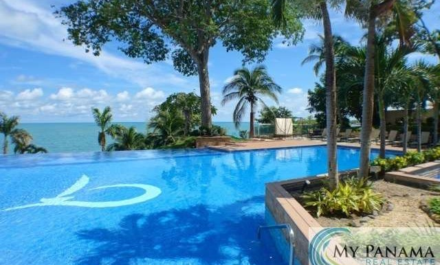Bahia-Gorgona-Panama-Condo-for-sale-pool4