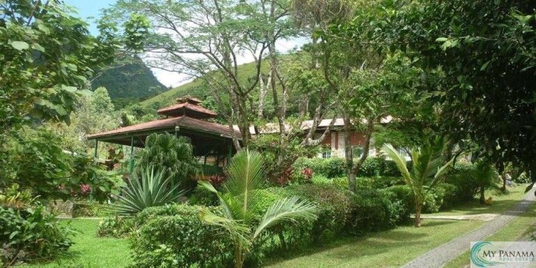Panama-El Valle-Inn-For-Sale1