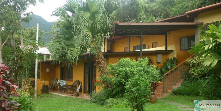 Panama-El Valle-Inn-For-Sale5