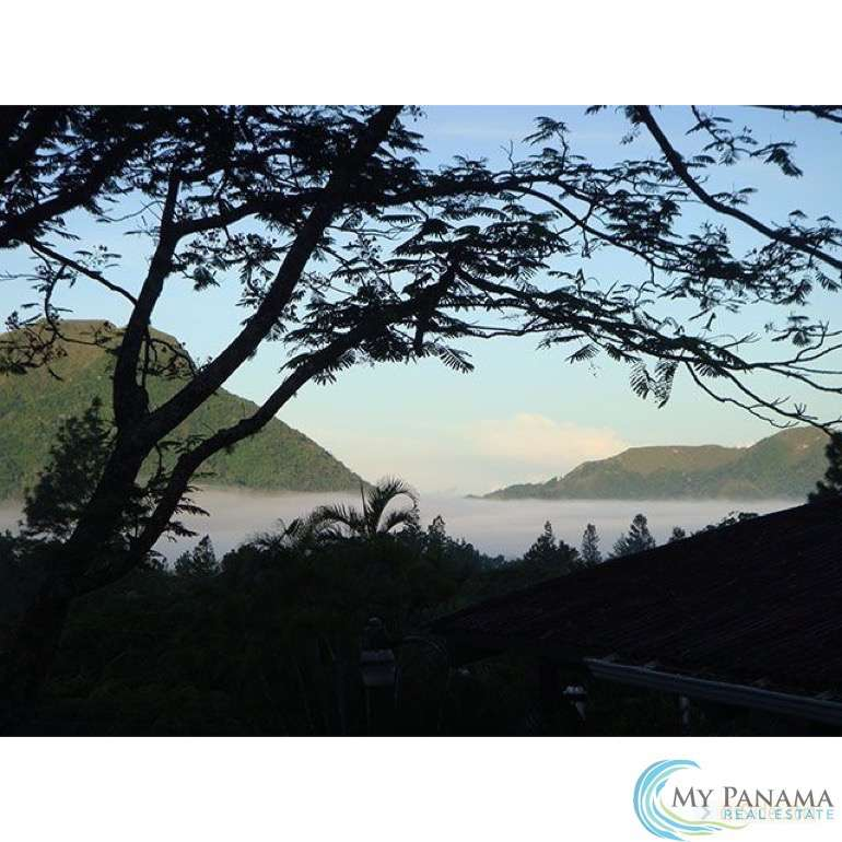 El Valle Hotel for Sale: Your Ticket to Panama BEFORE Retirement!