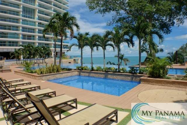 Bahia-Gorgona-Panama-Condo-for-sale-Pool