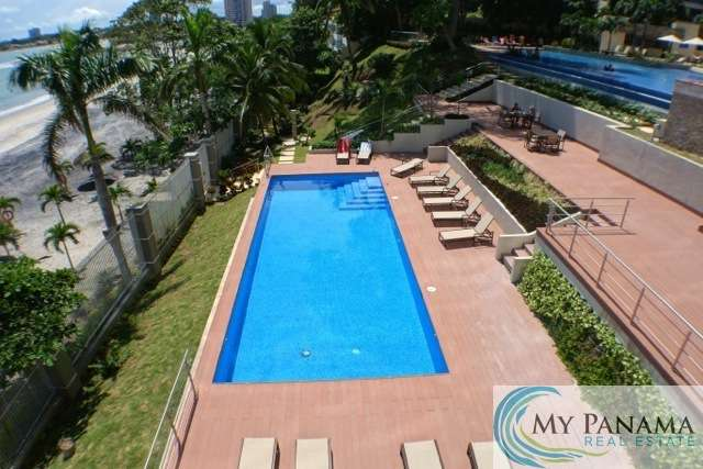 Bahia-Gorgona-Panama-Condo-for-sale-social-area-pools2