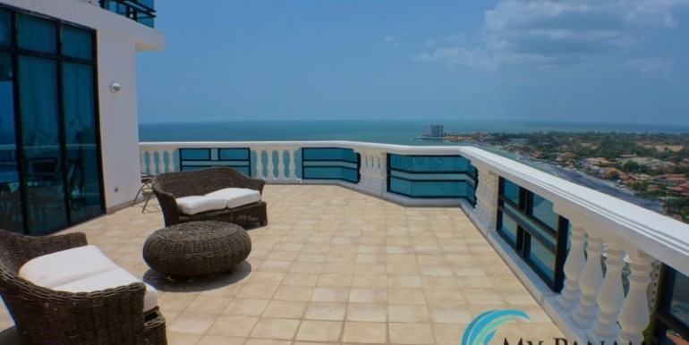oceanfront penthouse 11