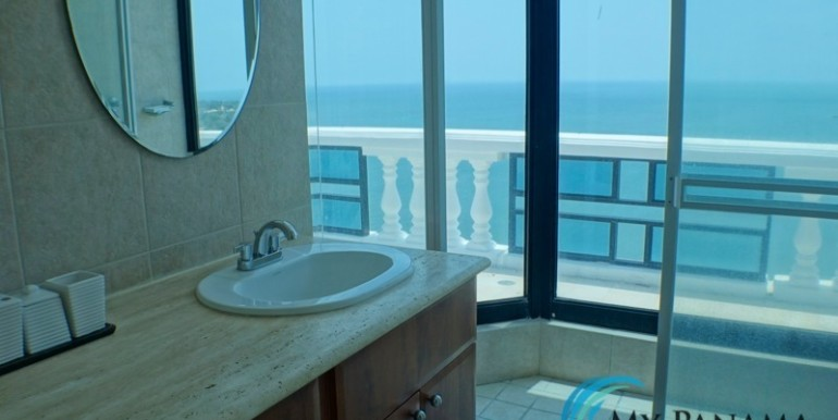 oceanfront penthouse 21