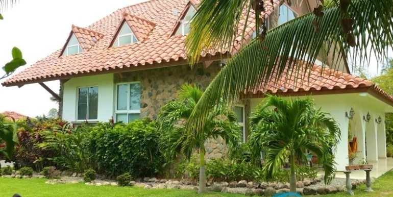 House-For-Sale-Punta-Barco-Village4