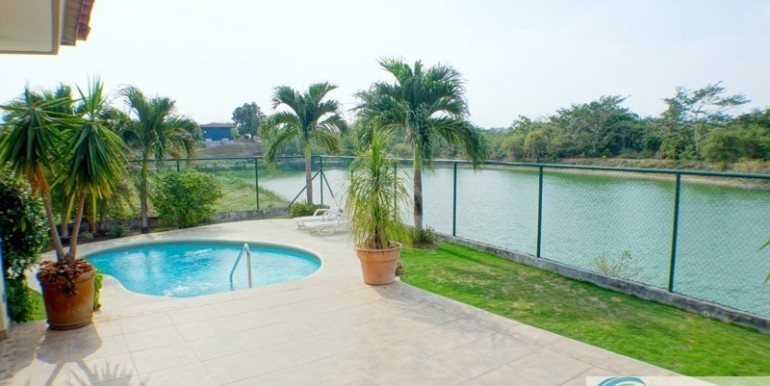 Coronado-Home-for-Sale-lake-Birds-Paradise-15