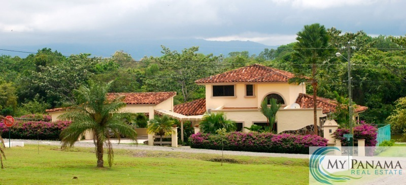 Furnished Lake Home in the Equestrian Center — Bird-Lover's Paradise!
