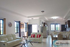 House for Sale in Hacienda Pacifica: Gated Community in Panama!