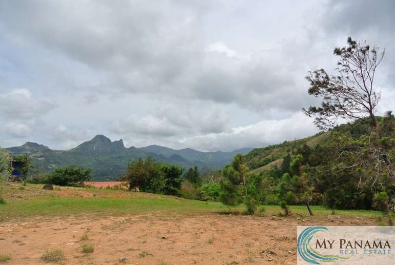 Large Lot with Ocean View in Sorá