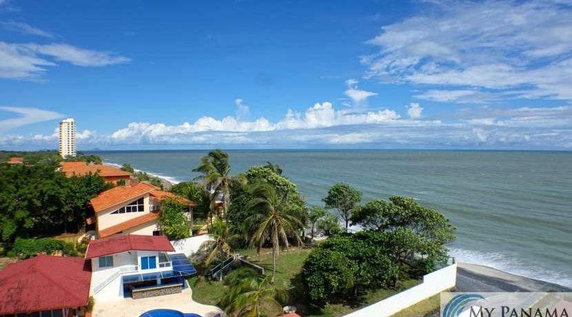 gorgona-panama-ocean-waves-condo-for-sale19