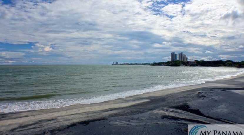 gorgona-panama-ocean-waves-condo-for-sale49