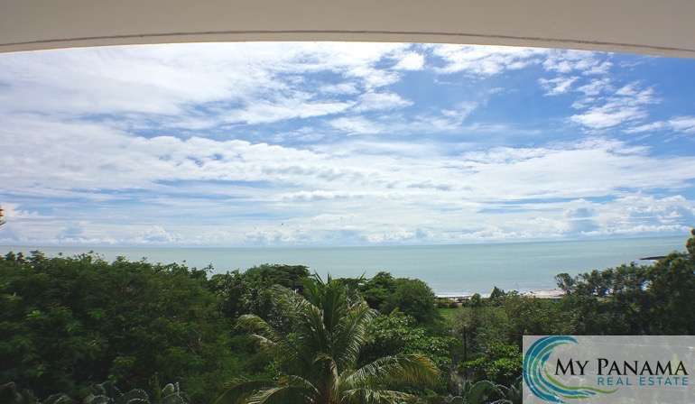Views & Location! – It's An Incredible Combo!! This 3-Bedroom Condo Steps away from the Beach in Gorgona, Panama!